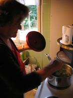 Nettle soup preparation